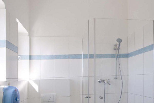 toaleta98bf7743-44d9-2cf3-940a-7bb8a49e7df903CF16C5-5F99-6F83-543F-F8983EF6E559.jpg